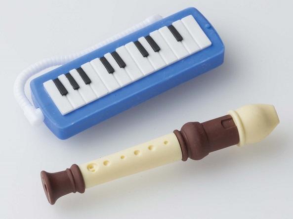 消しゴム 管楽器 ブルー ♪※在庫有りと書いてあっても、お取り寄せ商品は受注後にメーカー注文になります。※☆【音符・小物グッズ-音楽雑貨】【音楽雑貨】  音楽グッズ  <br>バレエ発表会 記念品 プレゼントに最適 ♪