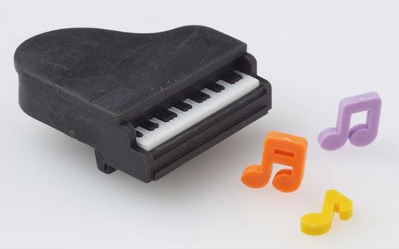 消しゴム ピアノ黒♪※在庫有りと書いてあっても、お取り寄せ商品は受注後にメーカー注文になります。※☆【音符・小物グッズ-音楽雑貨】【音楽雑貨】  音楽グッズ  <br>バレエ発表会 記念品 プレゼントに最適 ♪